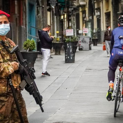 Photo Story: Italian Army helps enforce Covid rules in Naples