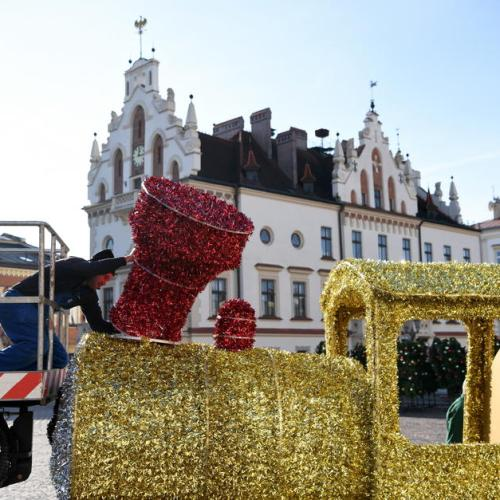 Photo Story: Rzeszow in Poland gears up for Christmas