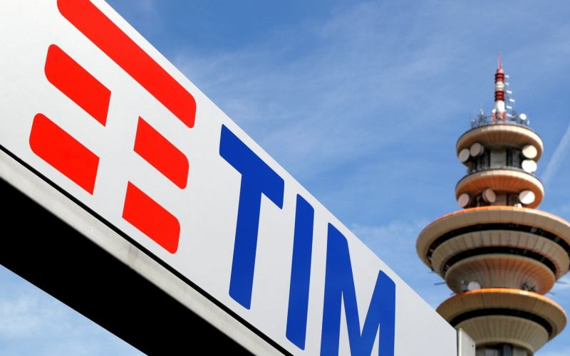 Italy authorises Abu Dhabi fund to invest in TIM's grid – sources