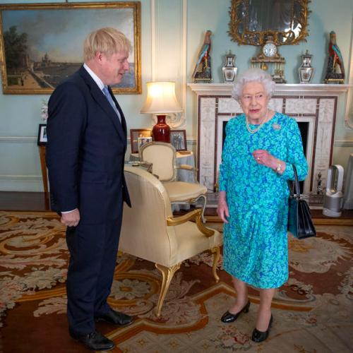 Post-Brexit trade deal granted royal assent by queen