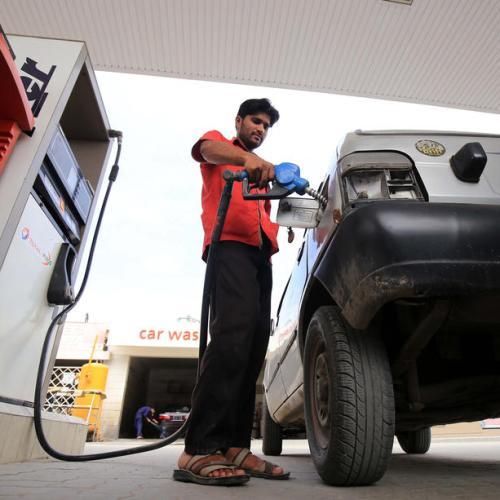 Oil falls on surprise build in U.S. crude stocks, Trump threat to U.S. relief spending