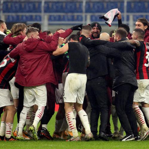 Milan snatch stoppage time winner to stay top of Serie A