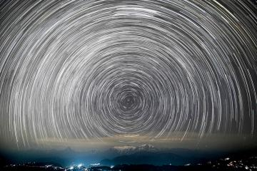 Photo Story: Stars over Mount Machapuchre in Nepal