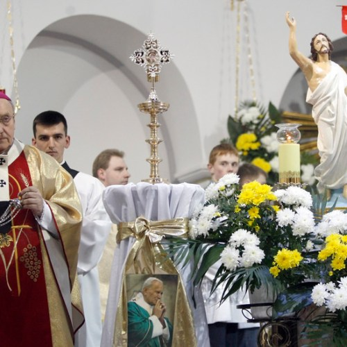 Pope accepts resignation of Belarus archbishop who angered Lukashenko