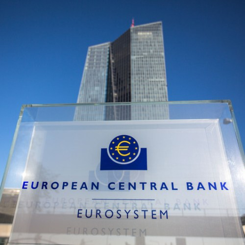 UPDATED: ECB keeps copious stimulus measures unchanged