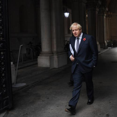Poll shows majority think Boris Johnson should resign as prime minister