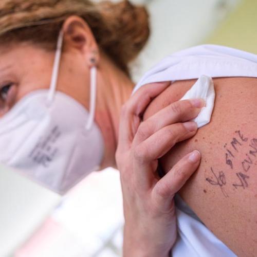 Spain reports record 40,197 COVID-19 cases