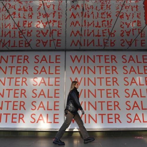 U.K. consumer confidence falls back in January on economy worries – GfK