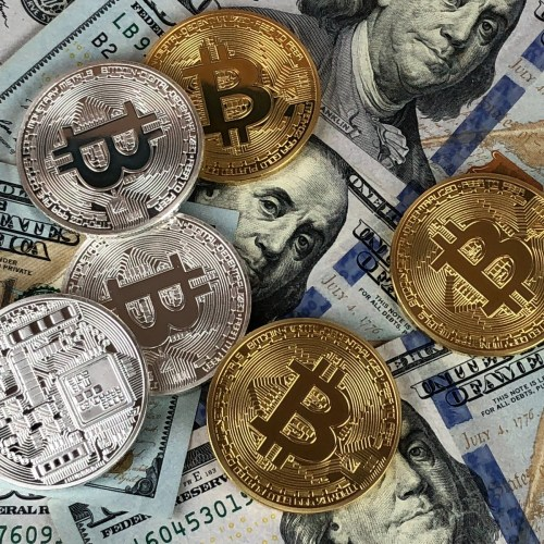 Miami mayor sees bitcoin move as way to attract tech