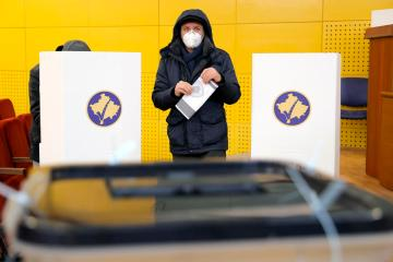 Kosovo goes to polls in vote that could complicate dialogue with Serbia