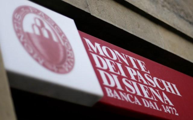 Monte dei Paschi working to cut legal risks as EU weighs bank's viability