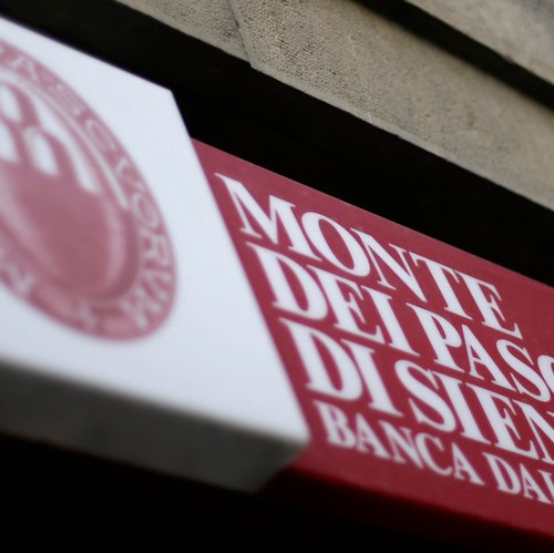 Monte dei Paschi working to cut legal risks as EU weighs bank's viability