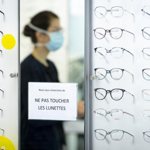Glasses wearers are up to three times less likely to catch Covid-19, study finds