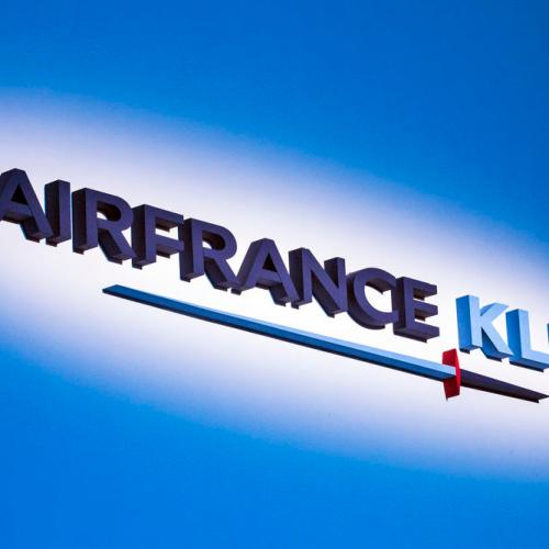 Air France-KLM sees bigger losses before recovery