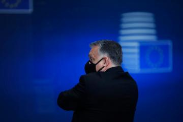 Orban threatens to pull Fidesz from EPP