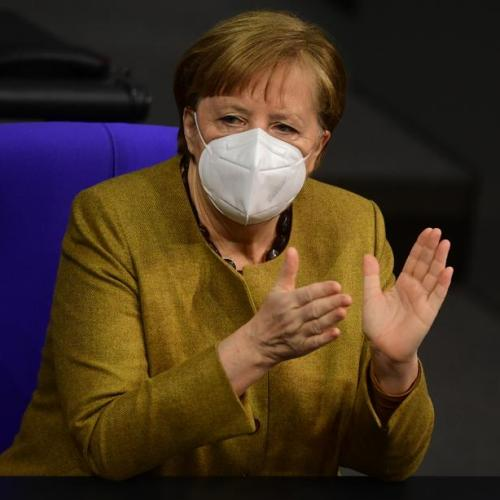 Merkel vows to offer all Germans COVID-19 vaccine by end-summer
