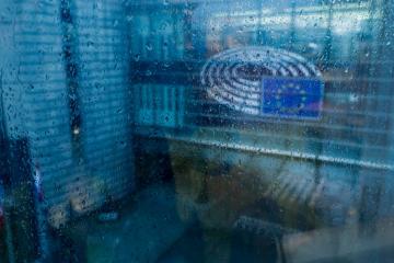 MEPs lament lack of rule of law implementation, threaten EU court action