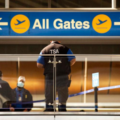 U.S. developing plan to require foreign visitors to be vaccinated