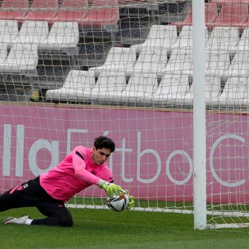 Bono helps Sevilla to ninth straight win