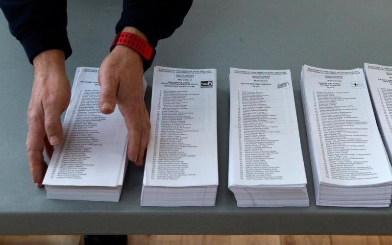 Catalonia holds regional election, gauging separatists' strength