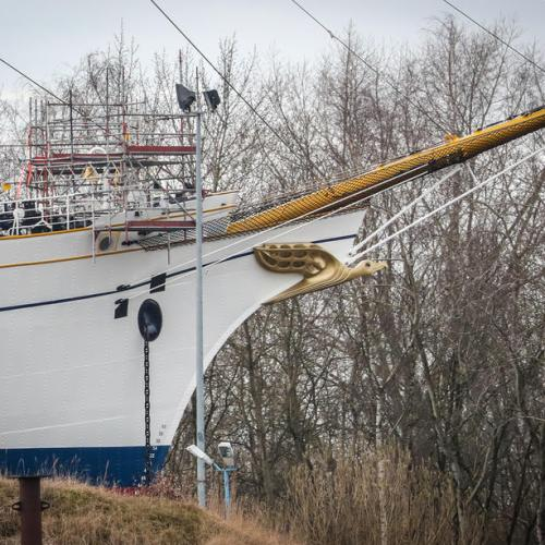 Photo Story: German Navy's sailing school ship Gorch Fock almost completed