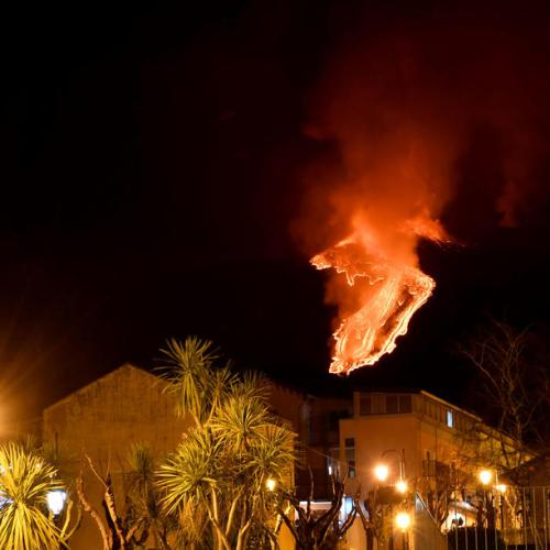 Photo Story: Spectacular night-time eruption on the Etna