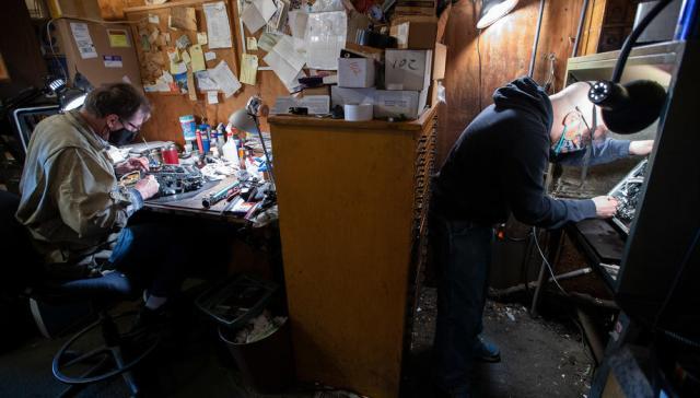 Photo Story: The Cambridge Typewriter repair shop