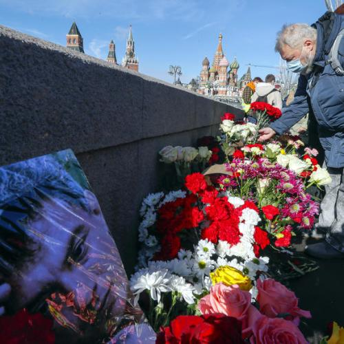 UPDATED: Russian opposition to mark Kremlin critic Nemtsov's murder amid Navalny clampdown
