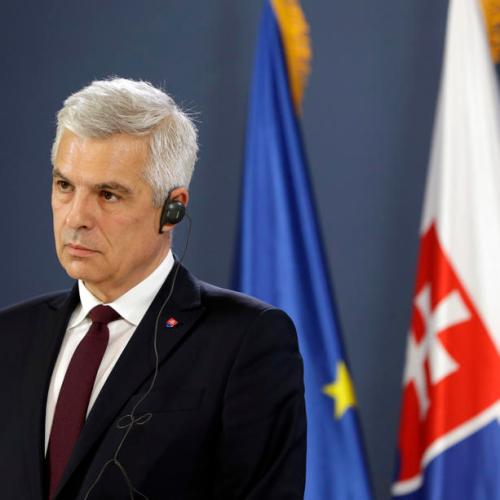 Slovak foreign minister resigns as government crumbles