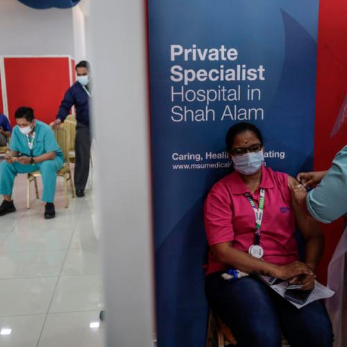 Malaysia sets up compensation fund for COVID-19 vaccinations