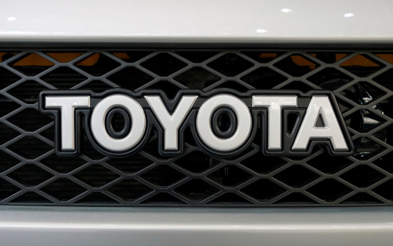 Toyota, Isuzu revive capital tie-up with focus on connected trucks