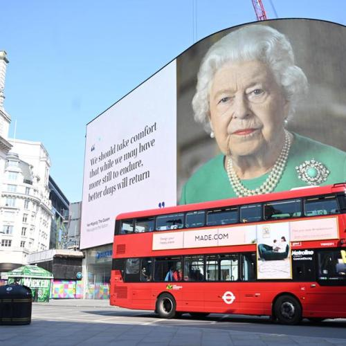 Queen thanks volunteers for helping Britain through the pandemic