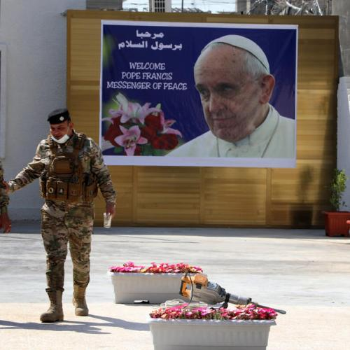 Pope says he must go to Iraq because people cannot be let down