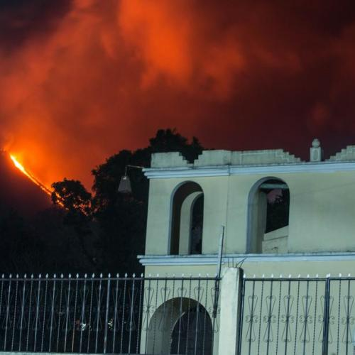 Photo Story: Increased activity on Guatemala's Pacaya volcano