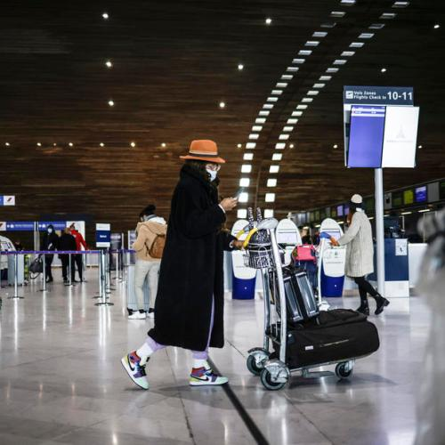 Eerily silent Charles de Gaulle  airport marks Easter without air travel rush