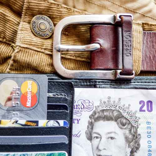 UK card spending rises to 88% of pre-pandemic average