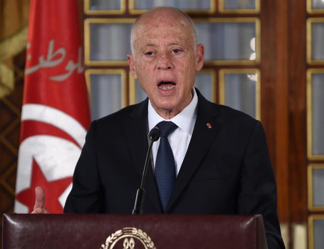 Tunisian president bashes 'wrong choices' on economy