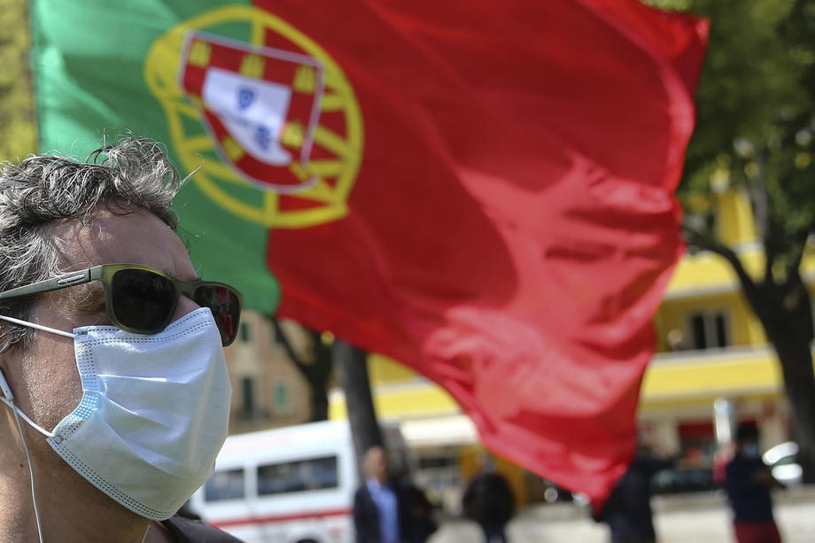 Hope and caution as Portugal further eases COVID-19 lockdown
