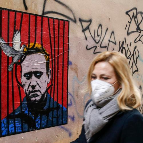 Amnesty International says Russia may be slowly killing Navalny