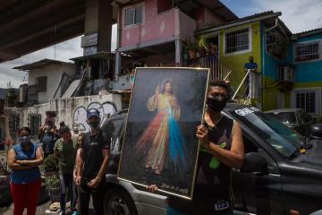Photo Story – Procession of the 'Nazareno de San Pablo' in Caracas