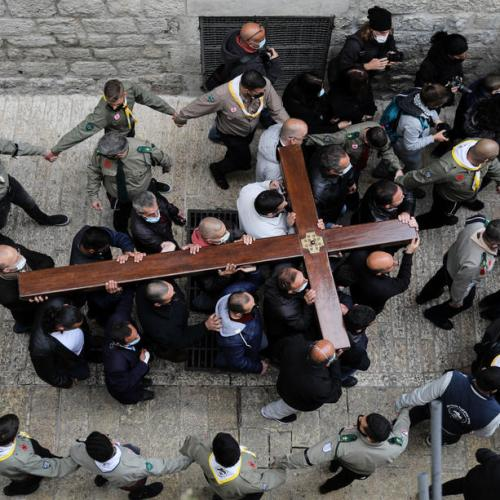 Photo Story – Christian worshippers mark Good Friday in Jerusalem's Old City