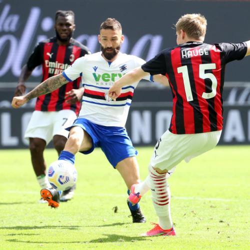 Hauge strikes late to rescue draw for Milan against 10-man Sampdoria