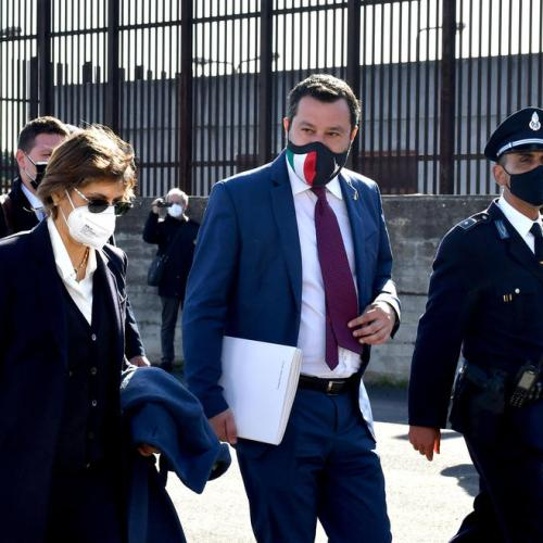 Preliminary hearing for Salvini in case of kidnapping on migrants ship docking delays