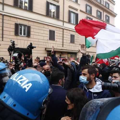 Protesters scuffle again with Italian police over COVID-19 curbs