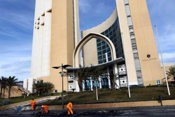 UPDATED: Libya presidency denies armed groups raided Corinthia Hotel in Tripoli