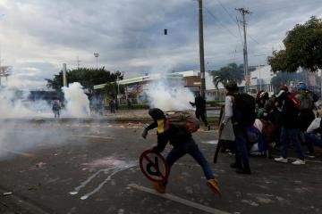 Copa Libertadores games switched to Paraguay amid Colombia protests
