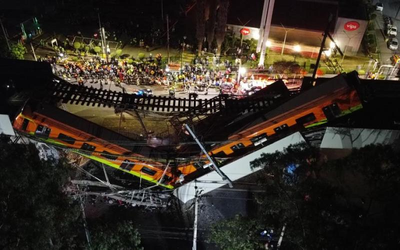 UPDATE – 23 die as metro overpass collapses in Mexico (Photos)