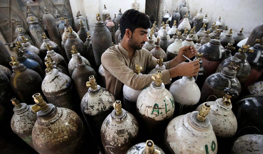 Photo Story – Coronavirus outbreak in Pakistan