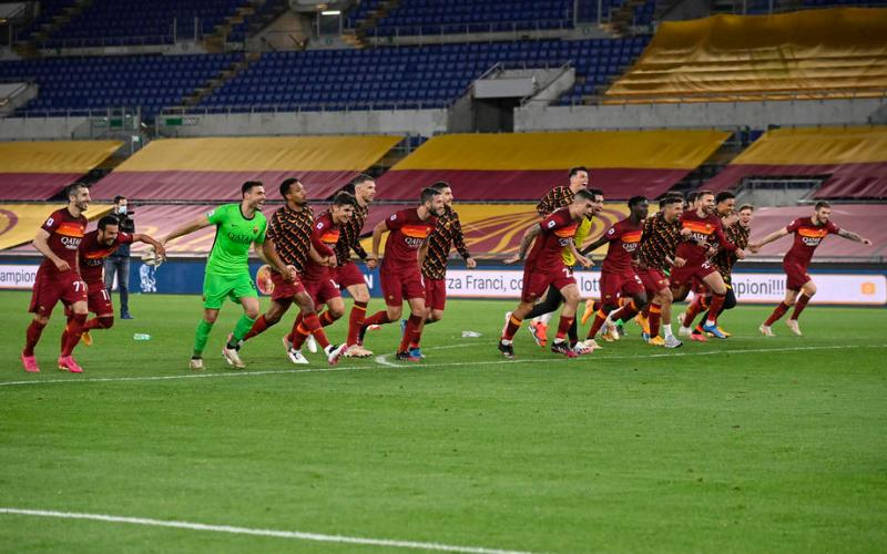 Pedro thunderbolt earns Roma derby win to end Lazio top-four hopes