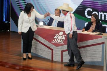 Peru political fog thickens as election count official quits